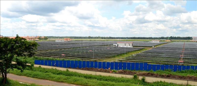 Aeropuerto solar en EFE